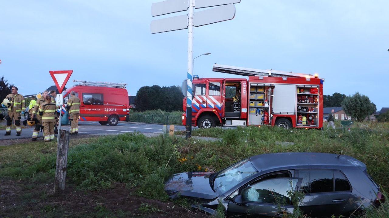 Twee gewonden bij auto-ongeluk in Teeffelen
