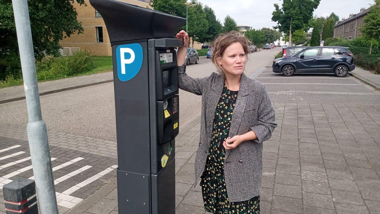 Kritiek op digitaal parkeren in meerdere Bossche wijken: 'De overlast is drie keer zoveel!'