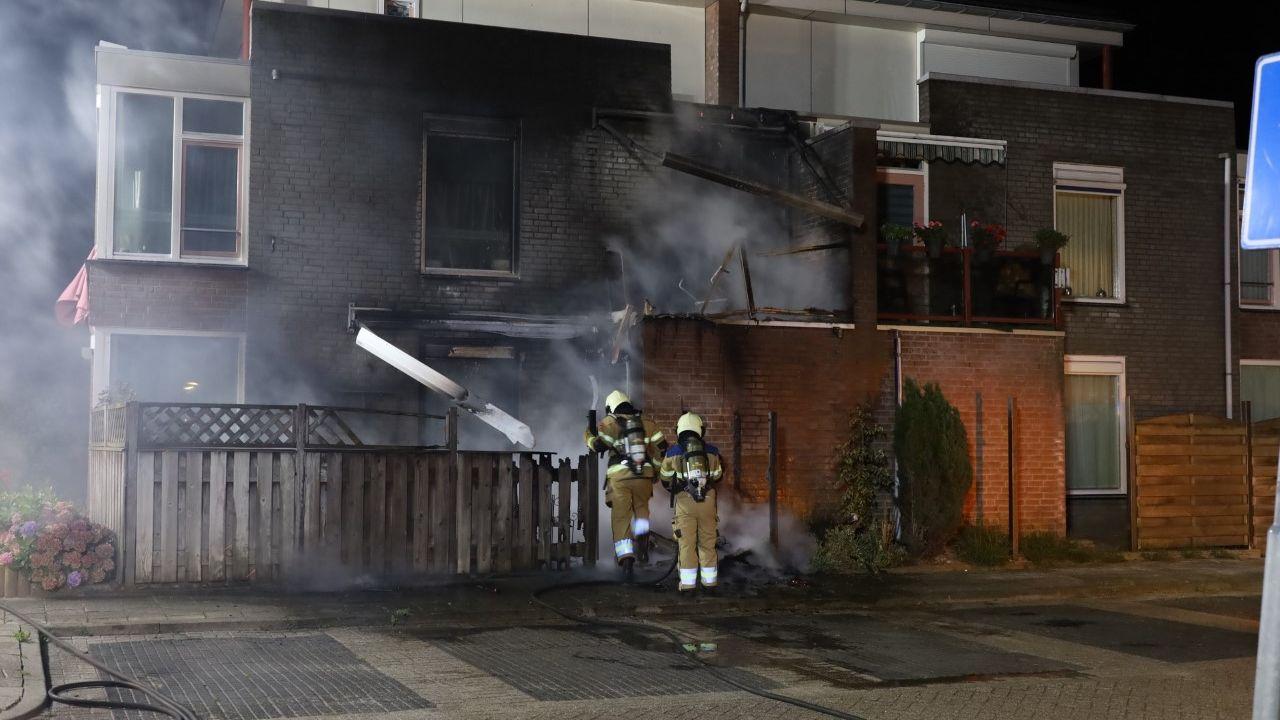 Appartementen flink beschadigd door brand in Volkel