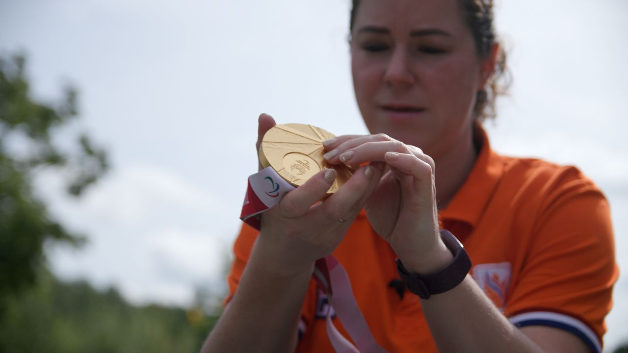 Heel even dacht Sanne Voets ook met de landenwedstrijd goud gehaald te hebben op de Paralympische Spelen