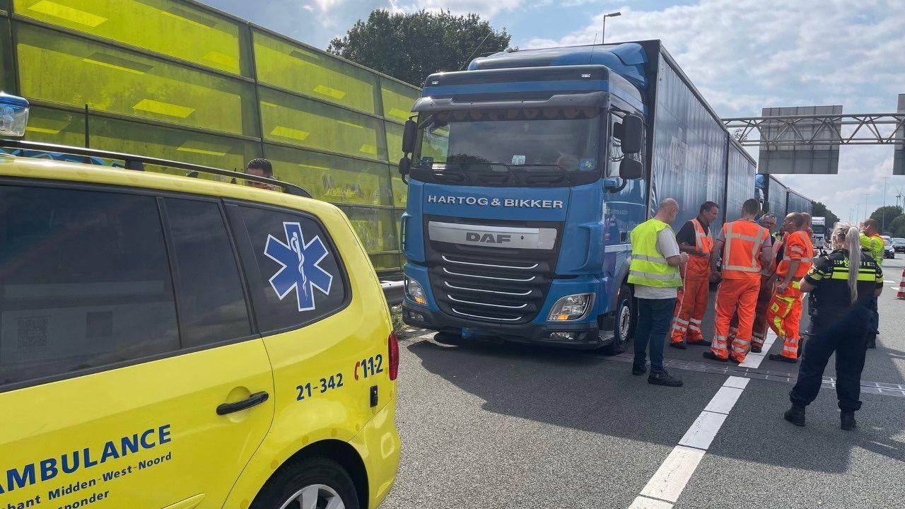 Vrachtwagenchauffeur gestoken bij verkeersruzie op A59 in Den Bosch