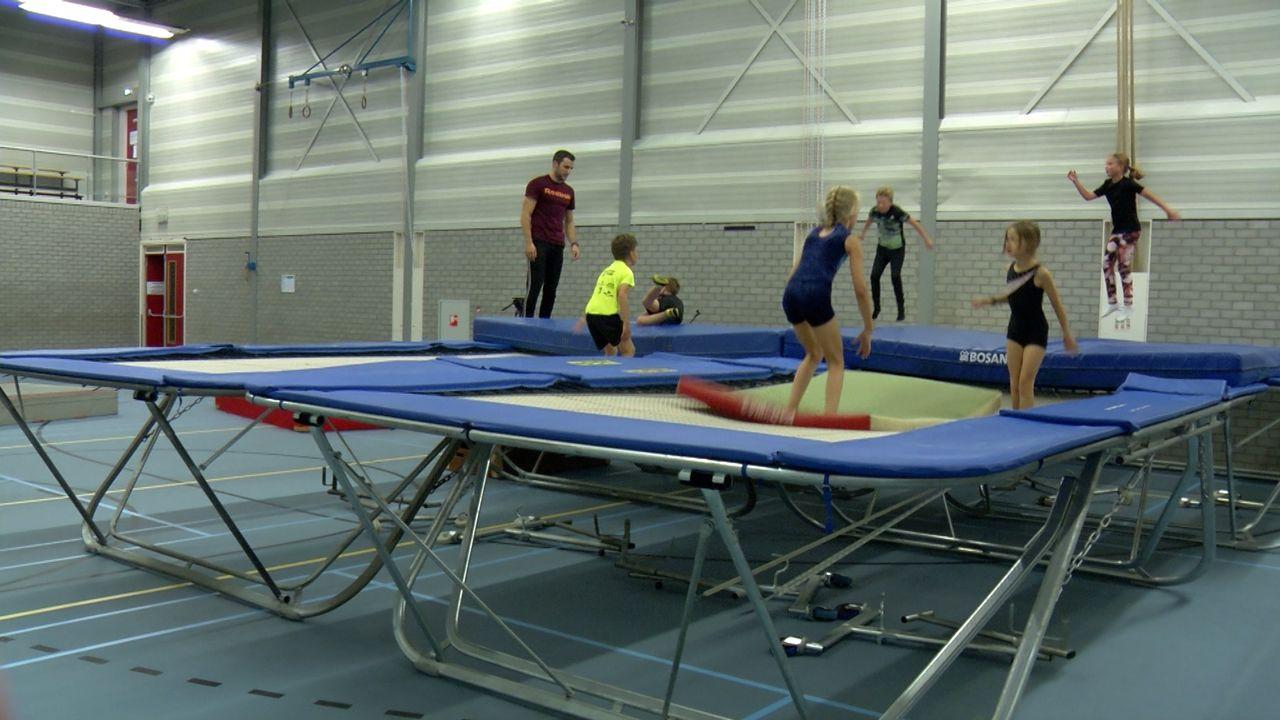 Springen en kunstjes doen tijdens Nationale Sportweek in Bernheze
