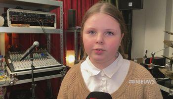 Niet normaal, wat de tienjarige Nova Huijben uit Rosmalen met haar stem doet. Ze grunt namelijk.