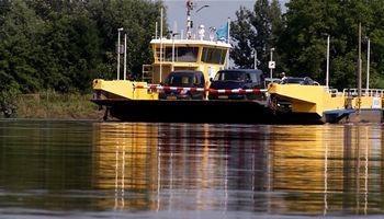 Stichting De Maasveren heeft een nieuwe directeur gevonden en hoopt nu in rustiger vaarwater te komen.